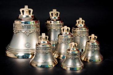 Набор №8 из семи колоколов 4кг, 6кг, 8кг, 12кг, 18кг, 34кг, 50кг, общим весом 132 кг